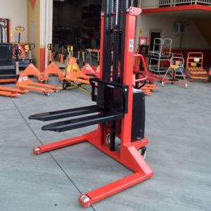 Picture of Semi Electric Powered Straddle Pallet Stacker 1500kg